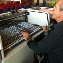 Nieuwe  Audiovisuele Systemen En Lichtinstallaties Voor VMBO Houten