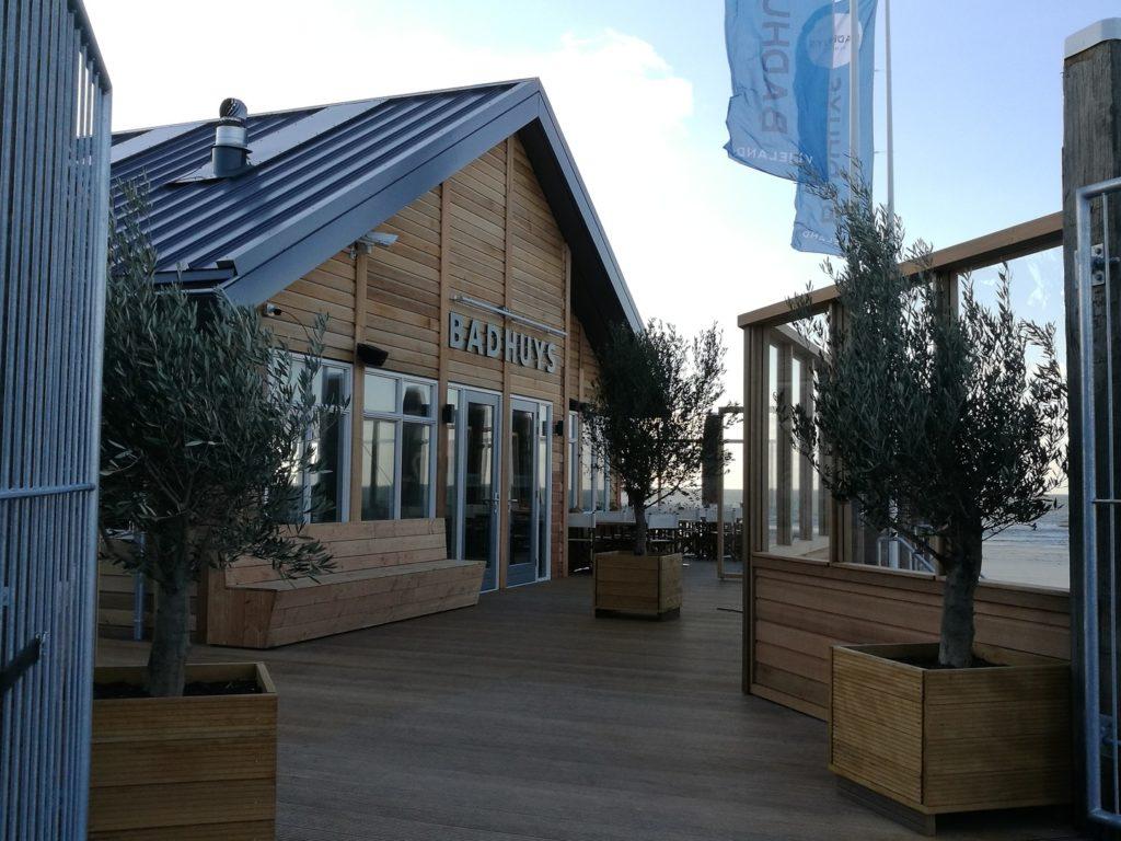 Strandpaviljoen 't Badhuys