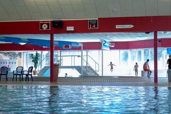 licht beeld en geluidsinstallatie voor zwemparadijs